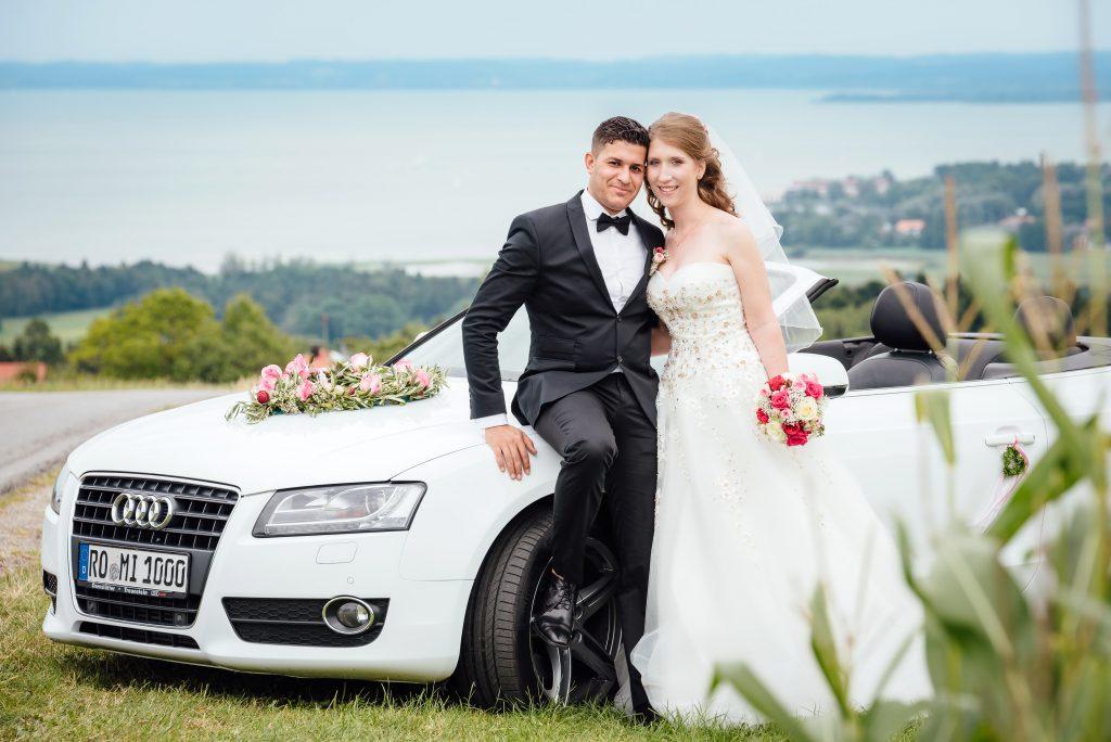 Eine besondere Hochzeitskutsche für die freie Trauung.